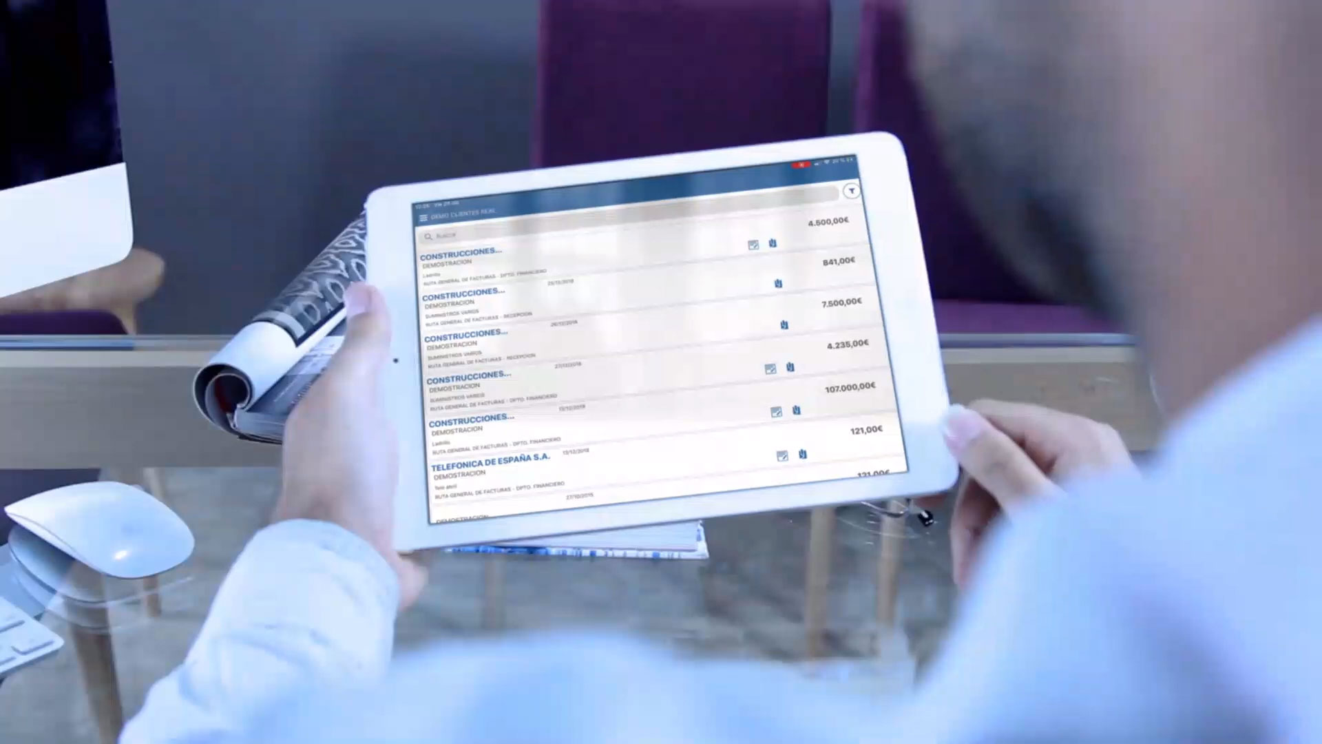 Man looking at Prinex software on an ipad